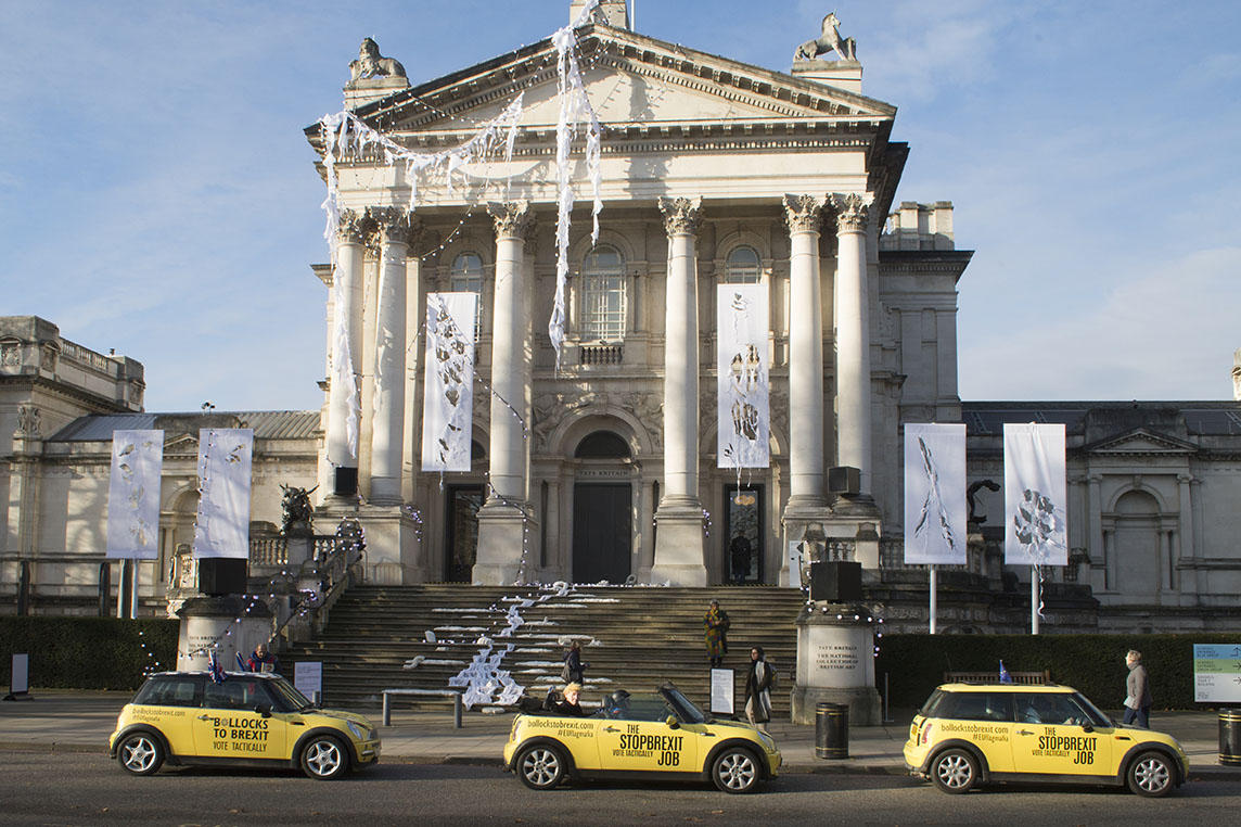 3 Dec 2019 - London, UK - Outside Tate Britain, a stunt organised and crowdfunded by anti-brexit campaigning group EU Flag Mafia.